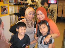 wit My beloved Twinz n her kids