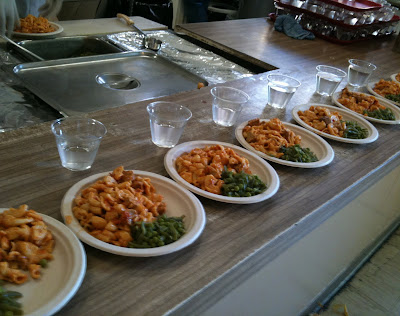 Gt Gt Grocery Trekker Gt Meatball Pasta Peas And Green Beans