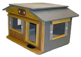 Outdoor Cat House - Bungalow