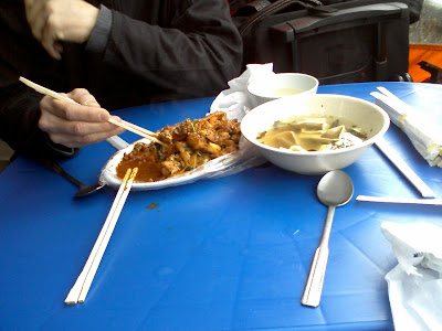 delicious spicy chicken in Dongdaemun stall