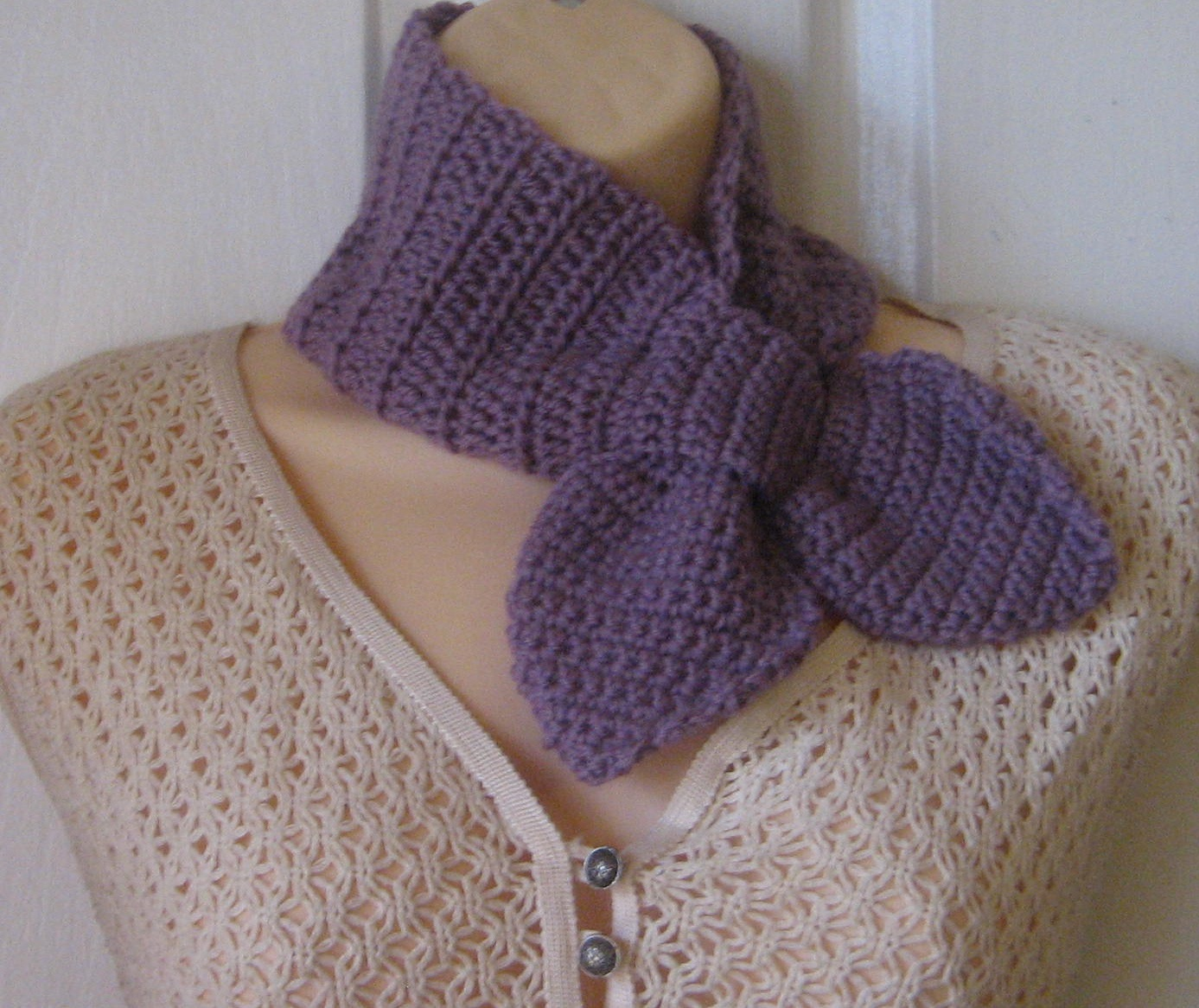 Free Crochet Pattern For Ascot Scarf : Mel P Designs: Ascot Scarves
