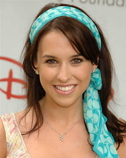 Lacey Chabert's Bangs Cute Hairstyles 2010