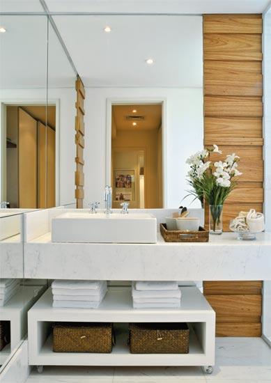 Lorena Cavalcanti Mármore  Banheiros -> Banheiro Pequeno Claro