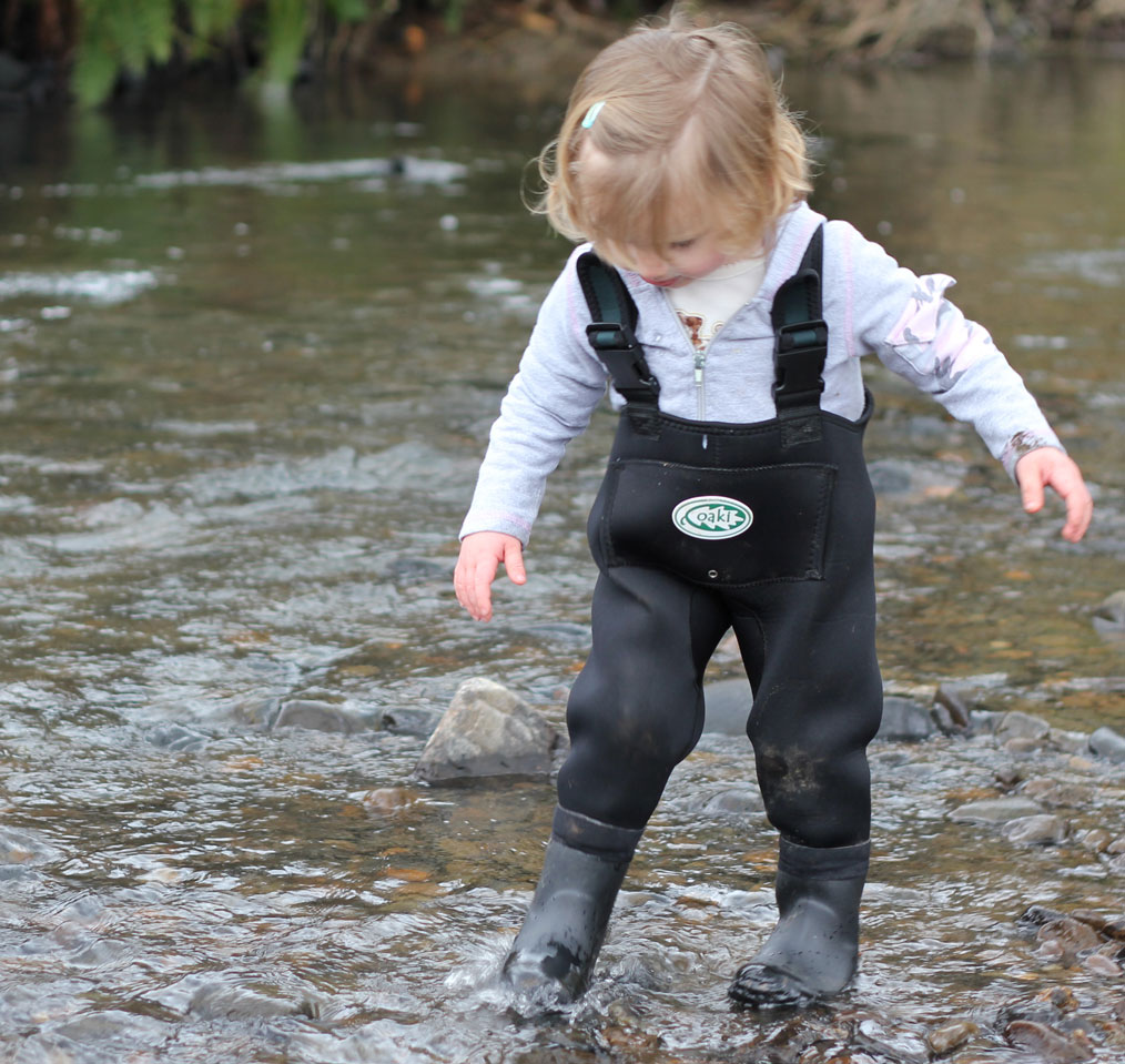 Outdoor adventure kid the perfect waders for kids for Kids fishing waders