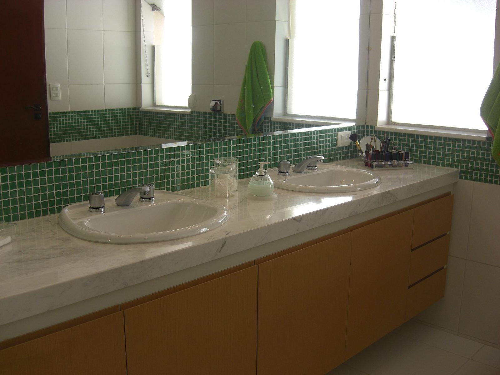 CBernini Arquitetura e Design: Banheiro Filha #41341E 1600x1200 Banheiro Com Pastilha Vertical