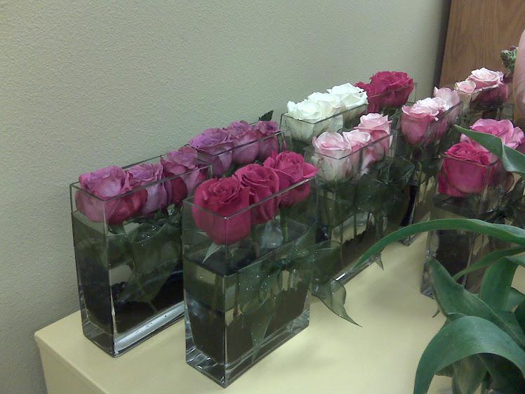 3 Rose Square Vase