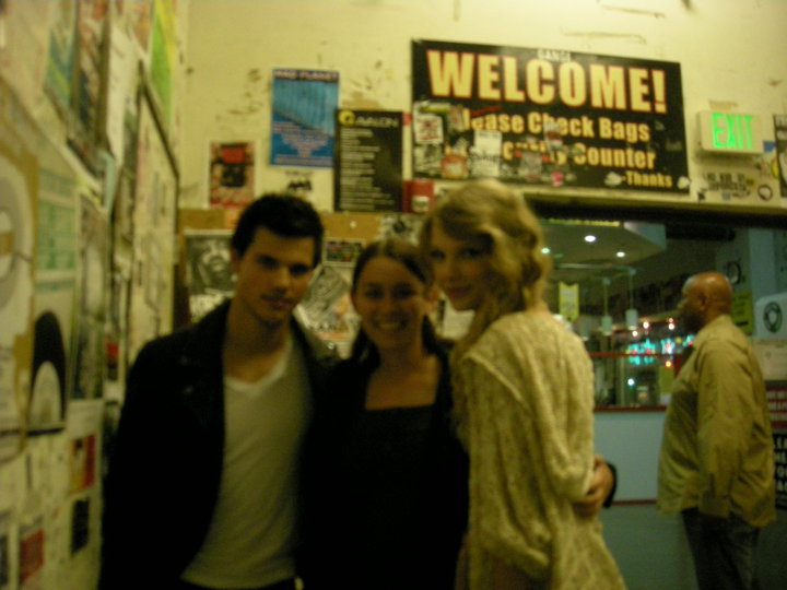 Last week news sources showed us the below photo of Taylor Lautner at Amoeba ...