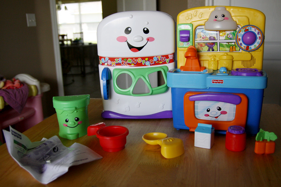 the hurricane ranch fisher price laugh and learn learning kitchen
