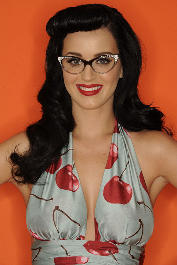 Katy Perry en sesión promocional de lo Teen Choice Awards 2010La estrella .