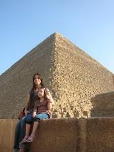 Delante de las Piramides
