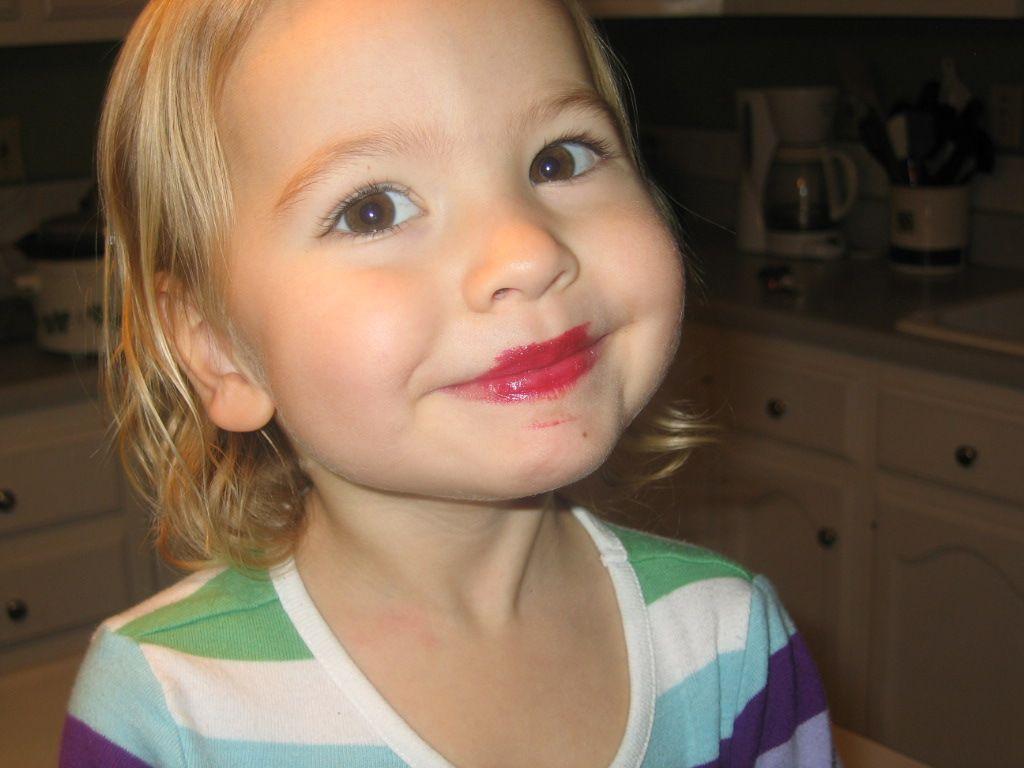 2010-12-31_img_4355_lipstick