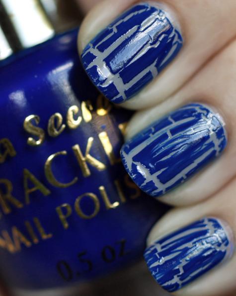 http://4.bp.blogspot.com/_udxupxV-yCg/TSPrfln-LBI/AAAAAAAAA8c/H64ykglpuyU/s1600/mia-secret-crackle-nail-polish-blue-swatch.jpg