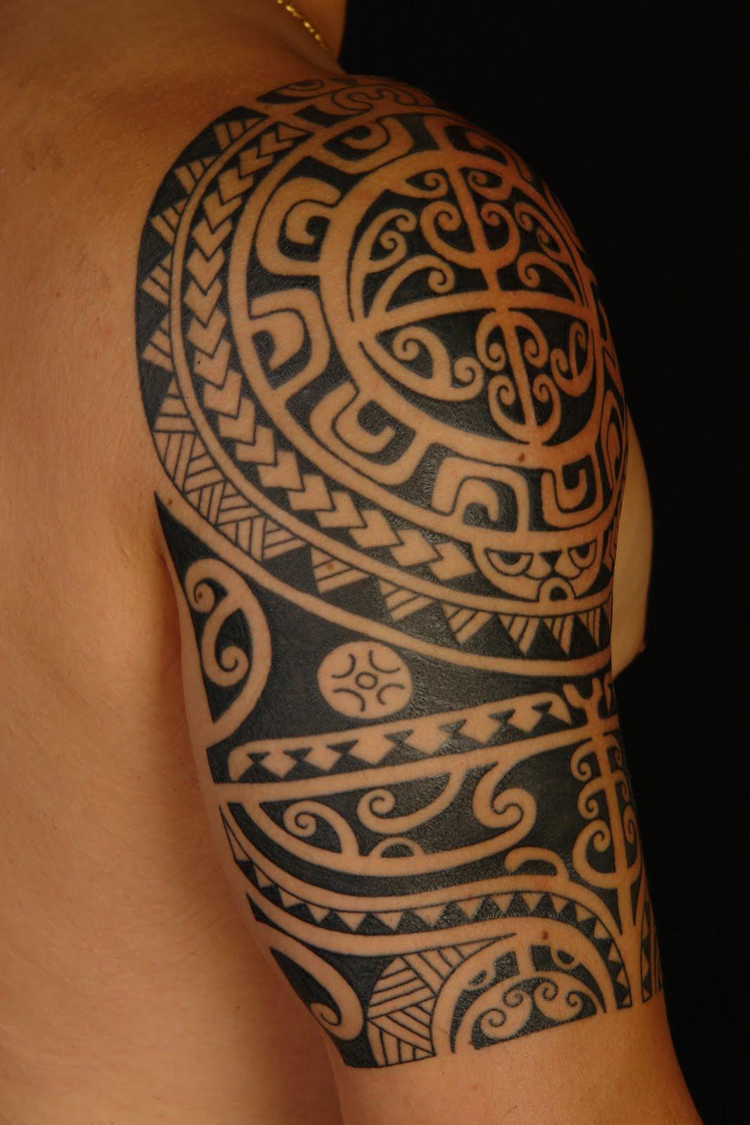 Polynesian Shoulder Tattoo On