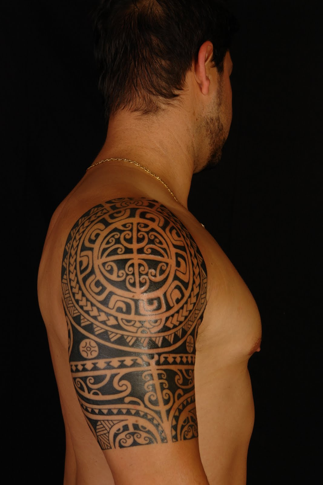 Polynesian Shoulder Tattoo On Anthony