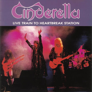 http://4.bp.blogspot.com/_uiTrE4Nd4kg/SsD5_TRghII/AAAAAAAAFKg/VtSejxJqPik/s320/Cinderella-Live_Train_To_Heartbreak_Station-Frontal.jpg