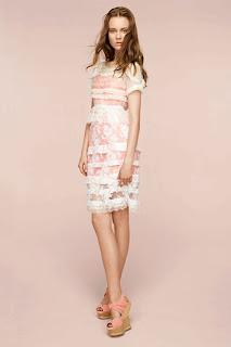 сиво - Облекло, мода, елегантност - Page 2 NINA+RICCI+-+resort+2011+-+14