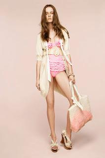 сиво - Облекло, мода, елегантност - Page 2 NINA+RICCI+-+resort+2011+-+2