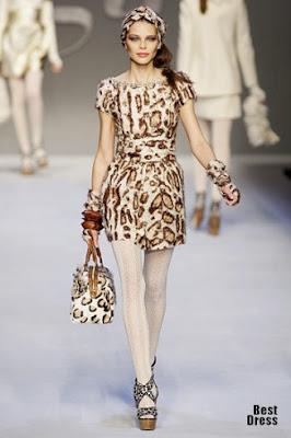 сиво - Облекло, мода, елегантност - Page 2 1282914254_blugirl