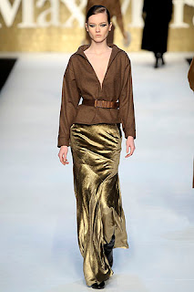 сиво - Облекло, мода, елегантност - Page 2 782321v33958umaxmaraw600h600