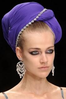 сиво - Облекло, мода, елегантност - Page 3 0214