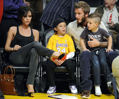 She was spotted with the new do at an la lakers basketball game with