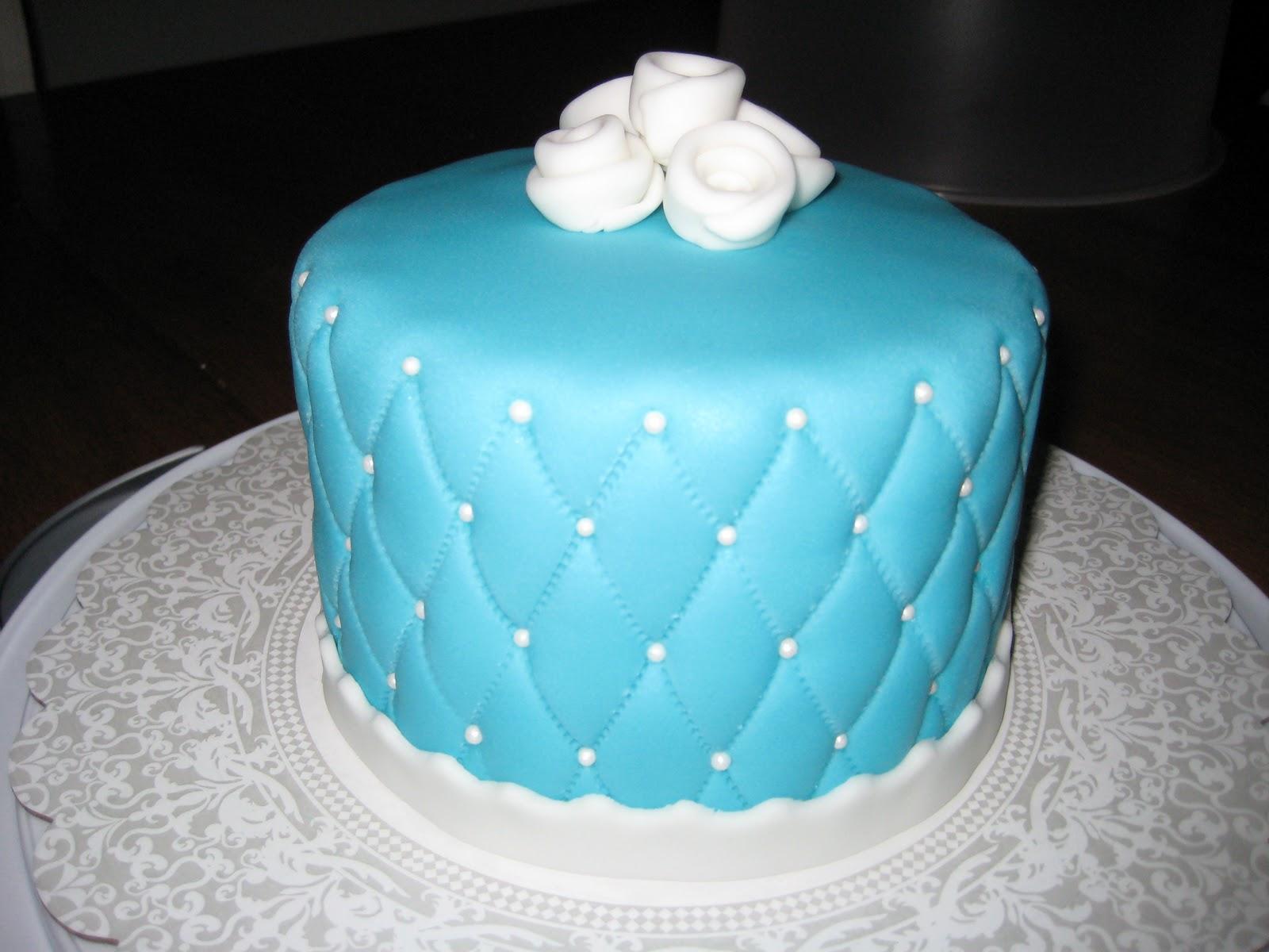 Blue Fondant Cake Design : Voluntier Cakes: Fondant Cakes