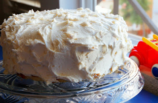 ... Dots: Paula Deen's white chocolate cake with orange curd filling