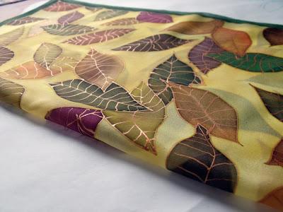 ajándék ötletek: selyemkendő