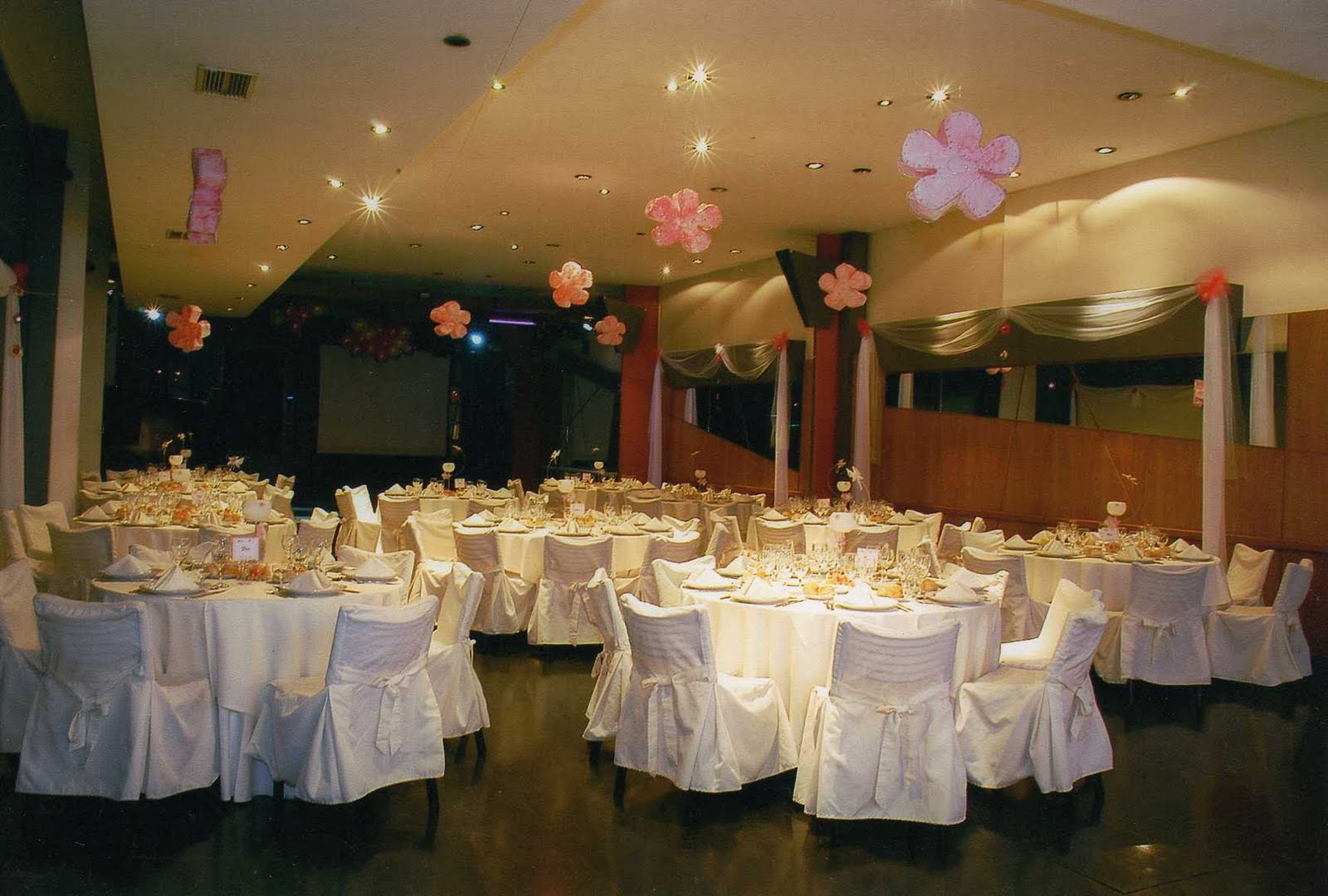 Matrimonios for Decoracion para el salon de casa