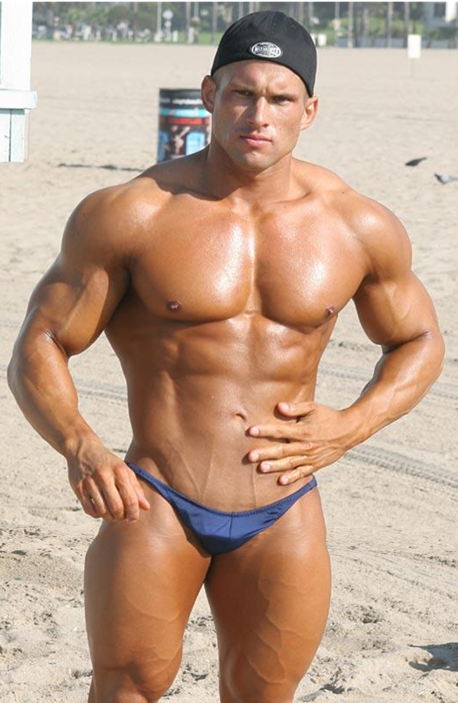 Male Bodybuilders With Small Penis S