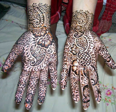 Pakistani special Mehndi Designs for Eid