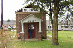 Norman, Arkansas Library