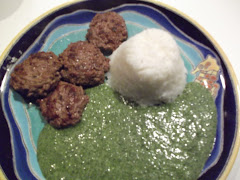 Creamed spinach and little meat patties