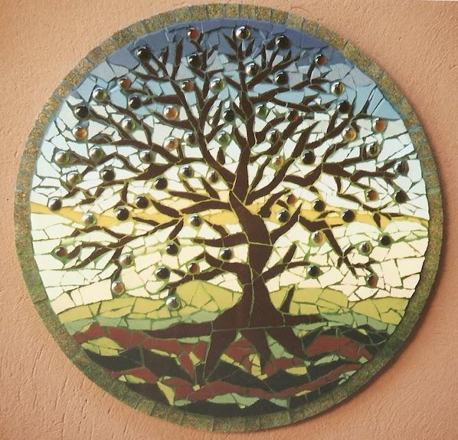 prato- árvore com frutas