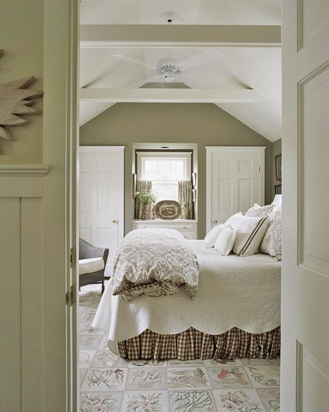 Lilac lane cottage cottage bedrooms for Cottage bedroom ideas