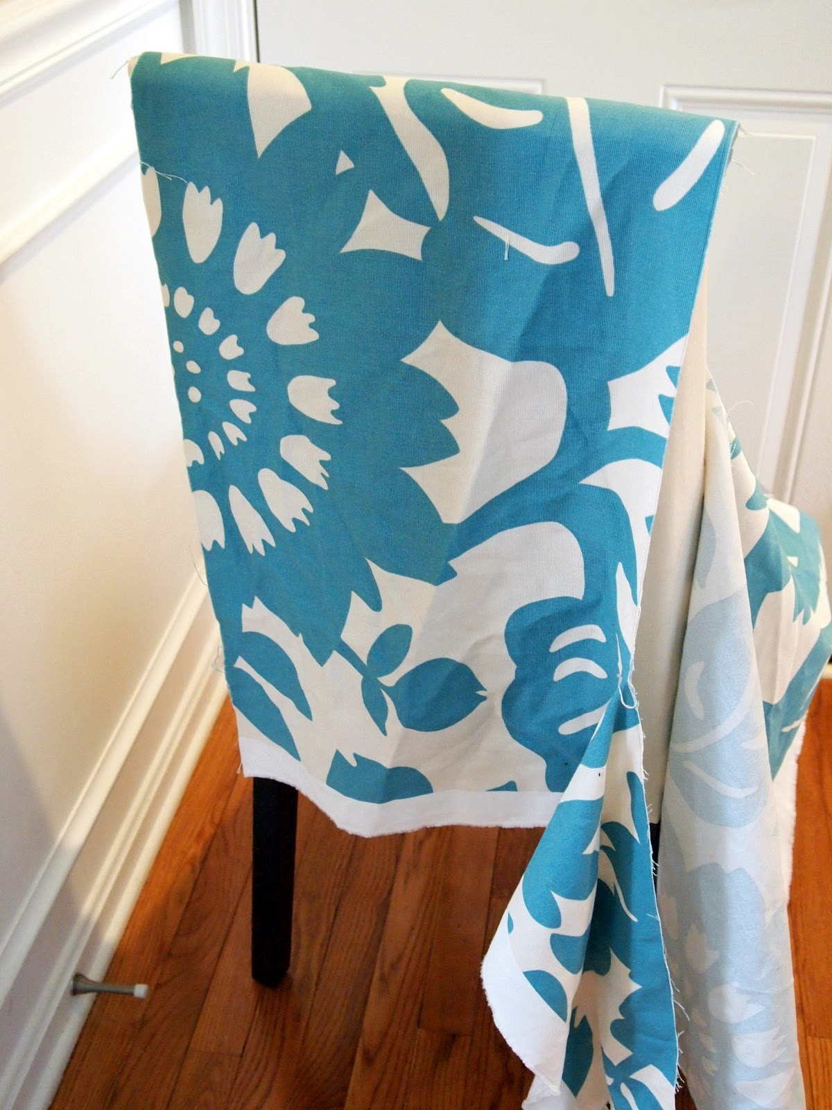 Charmant LoveYourRoom: My Morning Slip Cover Chair Project Using Remnant Fabric (no  Sewing Needed!)
