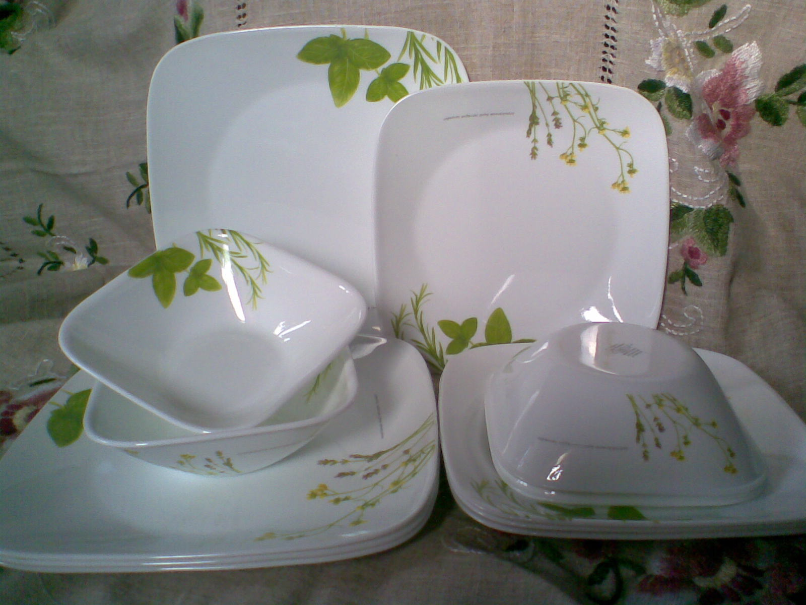 House Of Adelia Corelle Square 12 Pcs