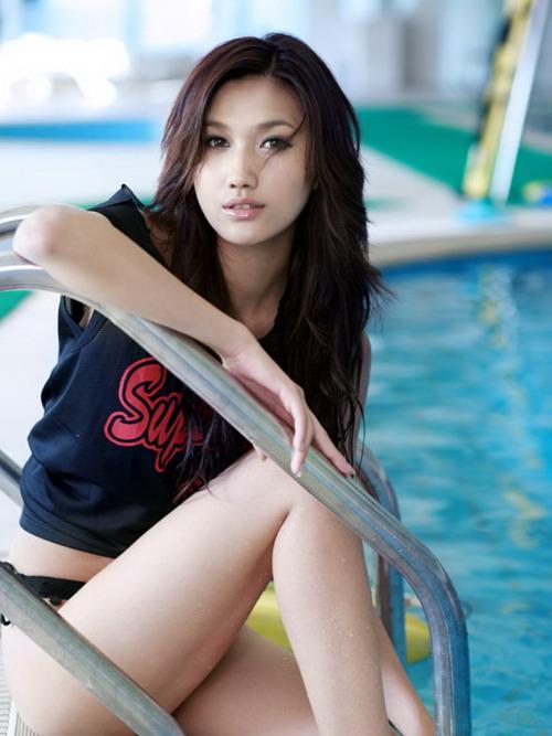 http://4.bp.blogspot.com/_uxK9p1iezm4/TCr-3UxS3UI/AAAAAAAAFuI/y73cQsYLJl0/s1600/Susu-Chinese-model-4.jpg