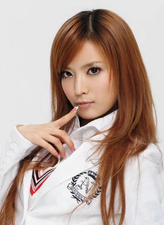 http://4.bp.blogspot.com/_uxK9p1iezm4/TF1D7kammVI/AAAAAAAAGTk/QKbHhd0Wl8I/s1600/Ye-Xiqi-chinese-singer-4.jpg