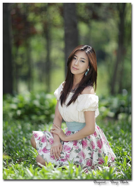 kim ha yul flower dress 10 Kim Ha Yul photo sexywomanpics.com