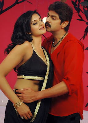 Vimala Raman sharing hot moment with Jagapathy Babu in upcoming Telugu movie Chattam