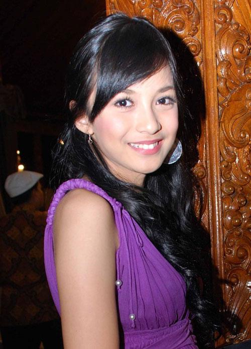 Chelsea Olivia Wijaya - Wallpaper