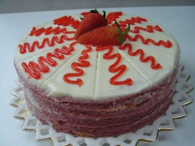 Strawberry Cake Pictures
