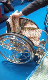 アメリカセレブ仕様車椅子