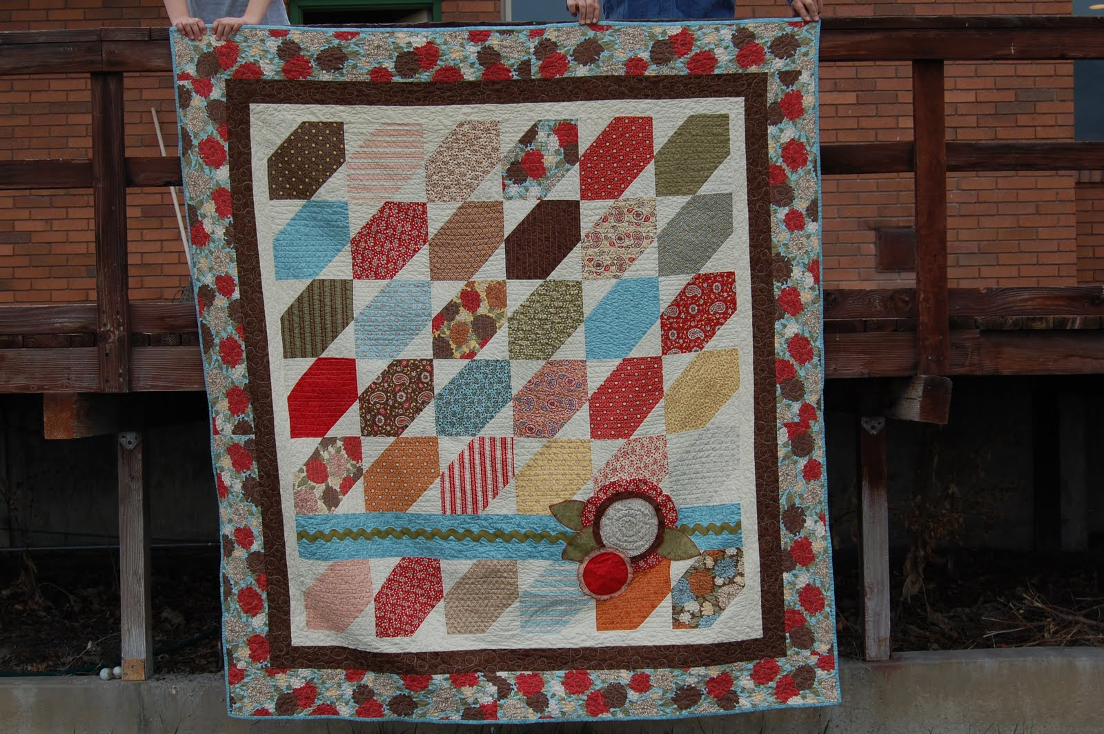 Easy Quilt Patterns For Graduation : Sister s Quilts: Miranda s Graduation Gift!