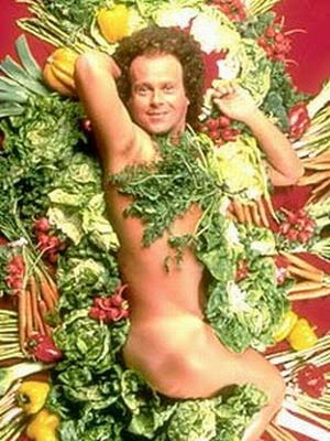 [Image: simmons-nude-in-salad.jpg]