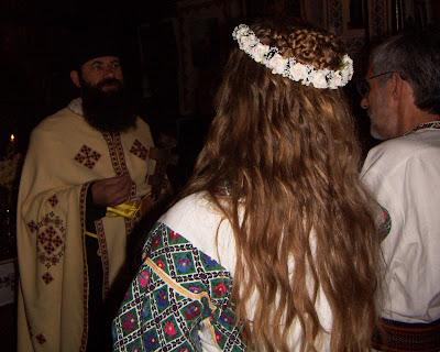 Spanish Wedding Ceremony on Spanish Wedding Headpiece