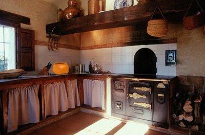 En la soledad del faro la cocina del farero allende for Cocinas antiguas