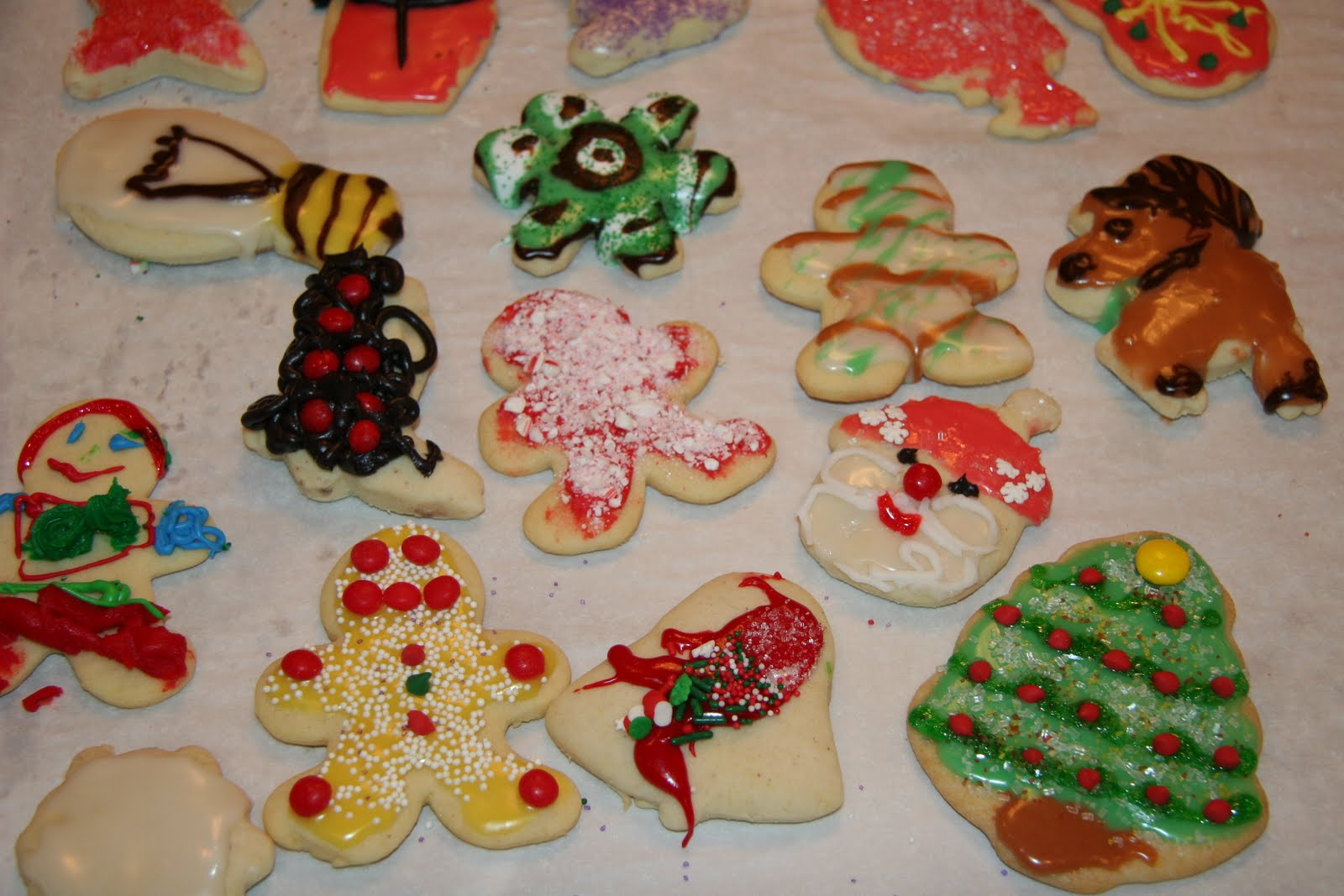 Our Life in DFW: Christmas Sugar Cookie Decorating 2010