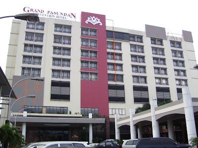 Hotel Grand Pasundan, Sunday morning, Jan. 31, 2010